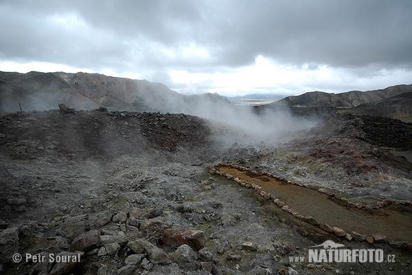 Landmannalaugar duhové hory is